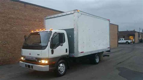 mitsubishi fuso box truck mitsubishi fuso diesel auto level ride lift gate fe sp box
