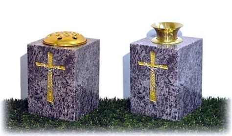 Grave Vases For Flowers by Graveside Flower Vases Gravestones