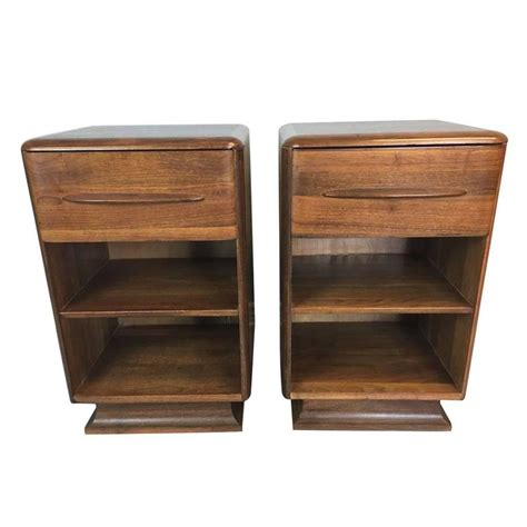 Walnut Nightstand Bissman Nightstand Pair In Walnut At 1stdibs
