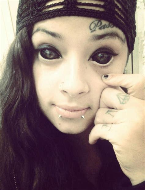 ideias cruzadas eyeball tattoo yes or no