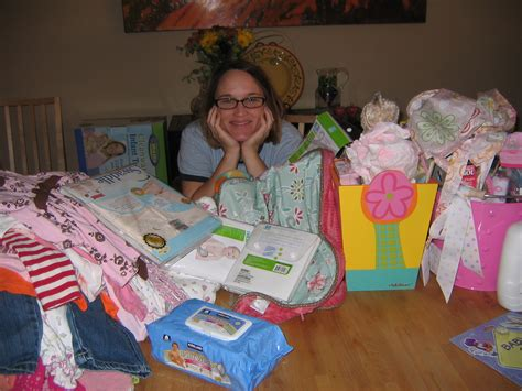 things needed for baby shower here s everything that you really need to buy