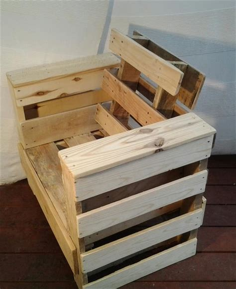 Pallet Chair Plans by Diy Pallet Wood Chair Pallet Furniture Plans