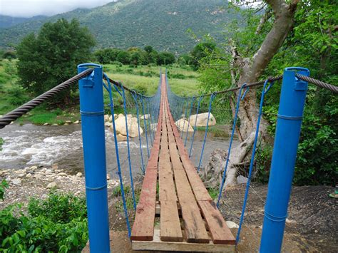 Diy Build A Suspension Footbridge Engineering Students Design Bridge For Rural Kenyans Now
