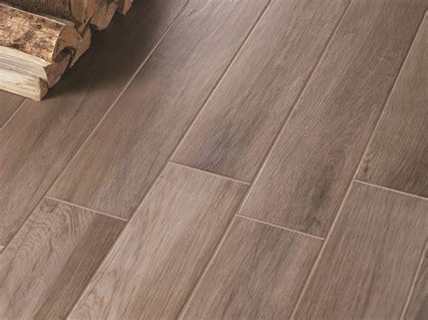 pavimento gres porcellanato effetto legno prezzi pavimento in gres porcellanato smaltato effetto legno