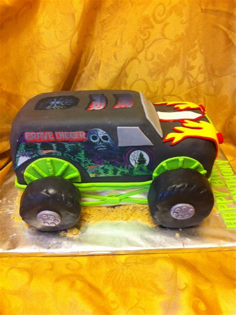 grave digger monster truck cake 20 best images about the grave digger on pinterest
