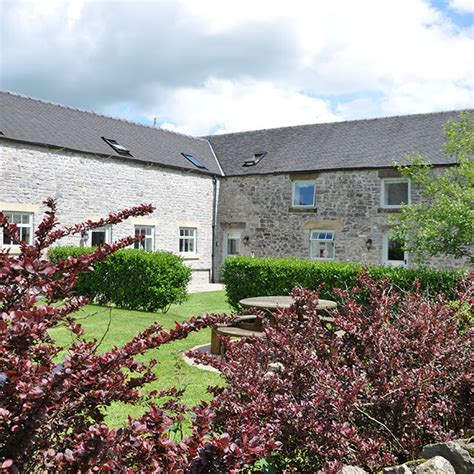luxury cottages for farm holidays in the peak district