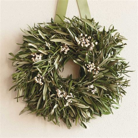 10 modern holiday wreaths design sponge