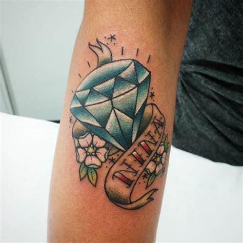 tatuagem de diamante o verdadeiro significado com