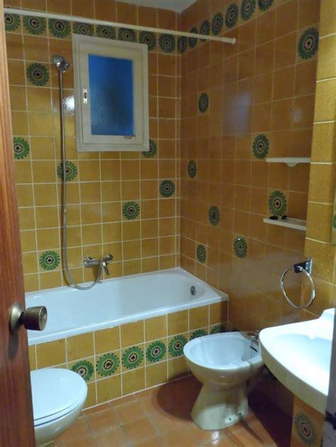 70s bathroom remodel help 70s tile bathroom