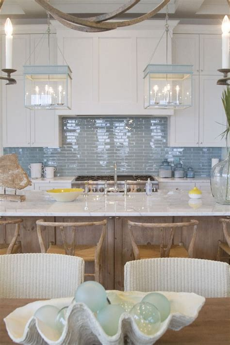 beachy backsplash 25 best ideas about coastal kitchens on white