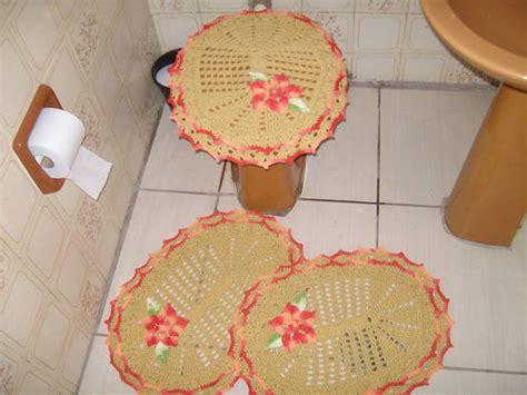 croche oval bico duplo tapete com flores jogo de banheiro croche oval jogo de banheiro oval bico duplo 3p 231 s maria in 234 s