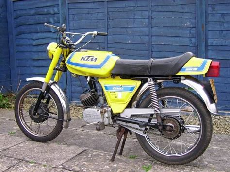 Ktm Mini Bikes Moped Photo Gallery Ktm Comet Racer Yellow Moped Army