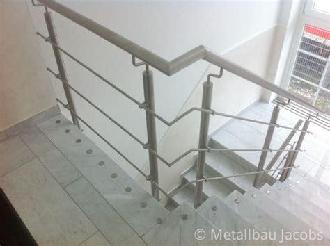 edelstahlgeländer treppenhaus metallbau absturzsicherungen durch gel 228 nder und