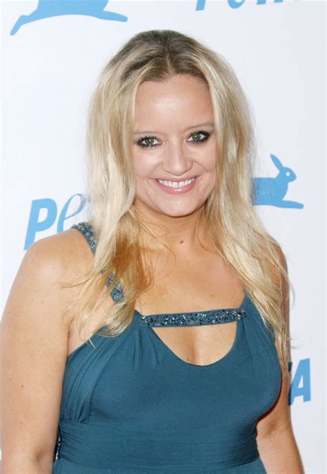 lucy davis now lucy davis picture 3 the peta s 30th anniversary gala
