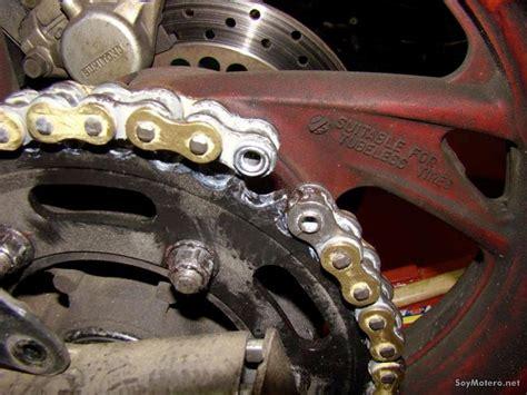 cadena moto colocar c 243 mo cambiar el kit de transmisi 243 n mantenimiento de la