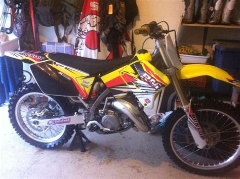 Suzuki 150 Dirt Bike 2005 Suzuki Rm 125 2 500 Or Best Offer 100462951