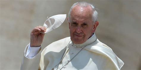 Vatikan Ensiklopedia Baru paus fransiskus keluarkan hukum baru untuk pelecehan anak kompas