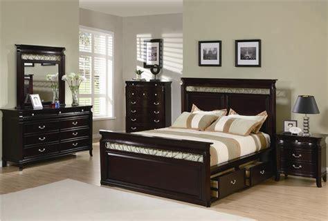 manhattan 6 piece king bedroom set cherry value city manhattan 6 piece bedroom set in rich espresso finish by