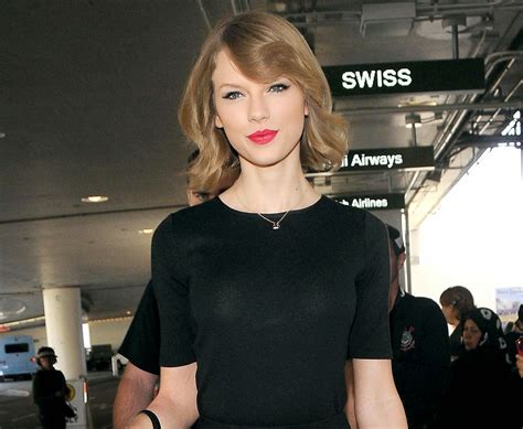 taylor swift new haircut taylor swift february 12 2014 sporting her new haircut