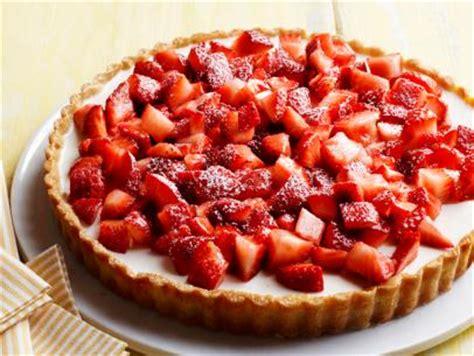 ina garten balsamic strawberries strawberries with balsamic vinegar recipe ina garten