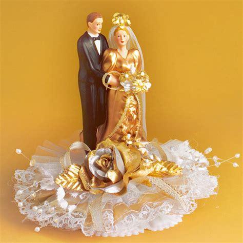 Goldene Hochzeit Dekoration by Porzellan Brautpaar Zur Goldhochzeit Der Ideen Shop De