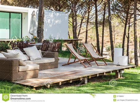 swing episode 203 summer house sofa 28 images modern style cane