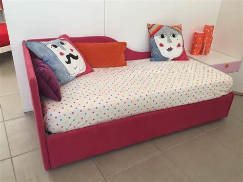 letto singolo imbottito con letto estraibile letto imbottito 90 x 200 secondo letto estraibile