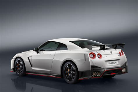 gtr nissan nismo 2017 2017 nissan gt r nismo the awesomer