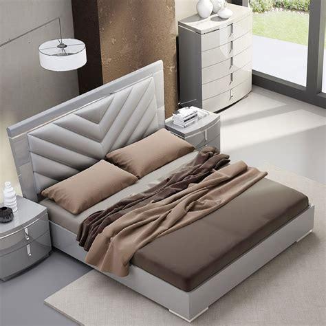 new york platform bedroom set jm furniture furniturepick new york platform bed beds bedroom furniture bedroom