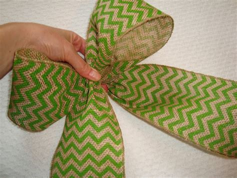 how to bows 15 engrossing ways to make a burlap bow guide patterns