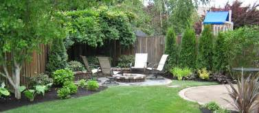 simple landscaping ideas for a small space simple