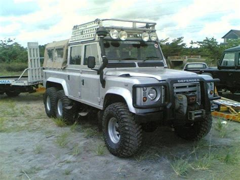 land rover defender crew cab 1000 images about land rover defender on