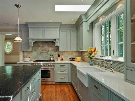 green kitchen walls interior coralreefchapel green