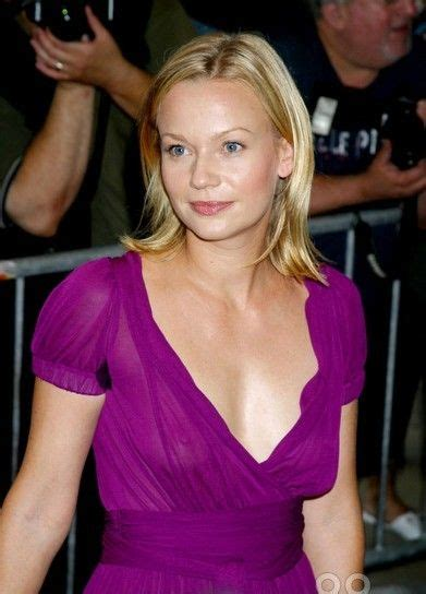Meters To Inches samantha mathis bra size age weight height