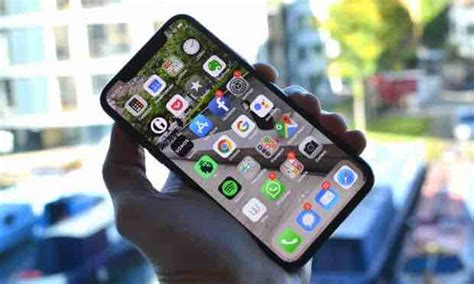 apple iphone xs review news rule