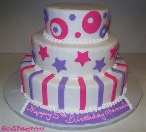 Fondant Cake by Fondant Cakes
