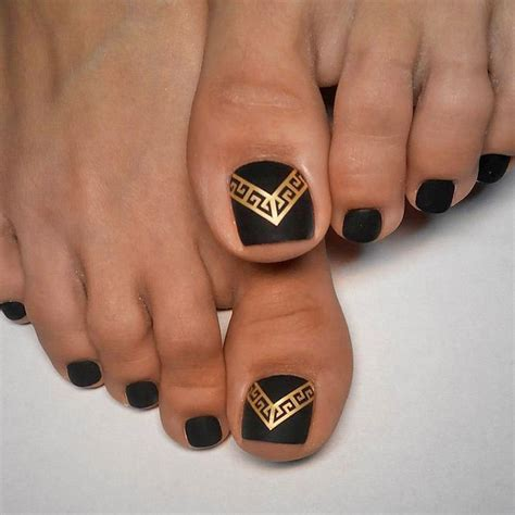 Best Pedicure by 25 Best Ideas About Toe Nail On Pedicure