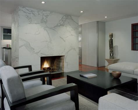 modern living rooms with fireplaces 10 beautiful rooms with marble fireplaces