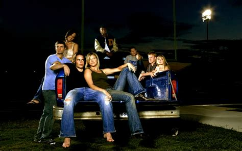 is friday night lights on netflix shows you should binge watch on netflix this summer