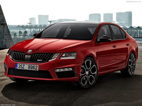 skoda octavia rs interior 2018 skoda octavia rs 245 price design specs interior