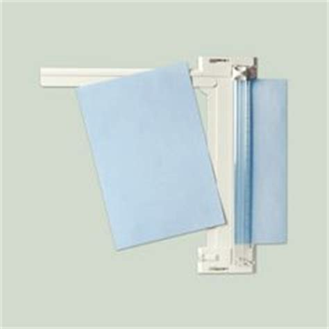 Martha Stewart Crafts Paper Trimmer - 12 x 12 rotary paper cutter must a size