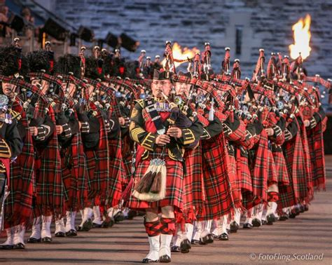 edinburgh tattoo pipes and drums 524 best images about bagpipes skirl on pinterest