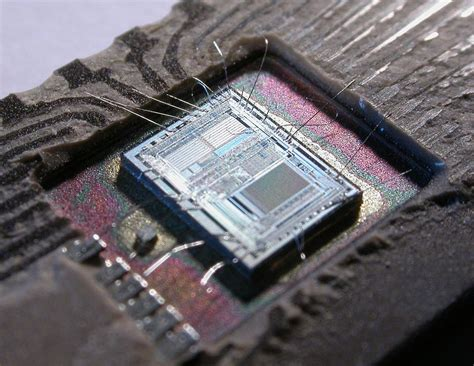 how we can make integrated circuit microcontroller