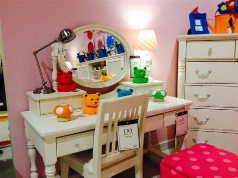 Cute Small Desk Ideas Cute Desk Idea Bedroom Ideas Pinterest Ideas Cute