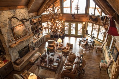 Rustic Home Interior Design by 6 Luxury Hunting Lodges Everyone Would Like To Visit Wide