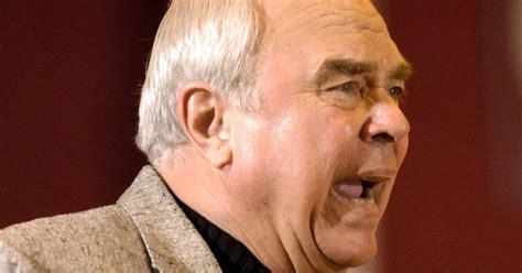 images legendary coach gordie kerkman calls   career