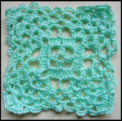 cuadro y flores tejidos a crochet n 186 02 youtube cuadrados con flores en crochet imagui