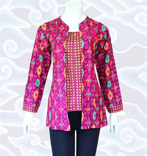 desain baju batik untuk orang pendek 38 model baju blus batik elegan serta modis model baju