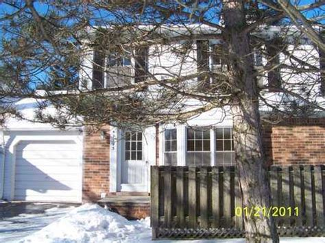 foreclosed homes in plymouth mi 42193 pond cir plymouth michigan 48170 foreclosed