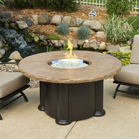 Outdoor Greatroom Colonial Gas Fire Pit Table With Round Patio Firepit Table